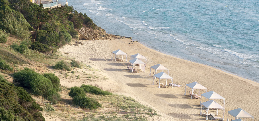 05-private-sandy-beach-mandola-rosa-boutique-resort-peloponnese