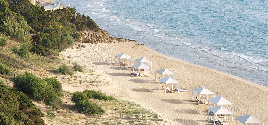 mandola-rosa-private-beach-area-in-peloponnese