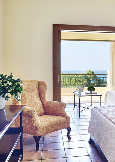 sea-view-family-room-in-olympia-oasis-hotel