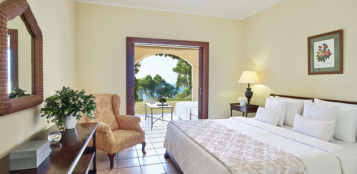 garden-family-room-sea-view-accommodation-in-olympia-oasis-resort