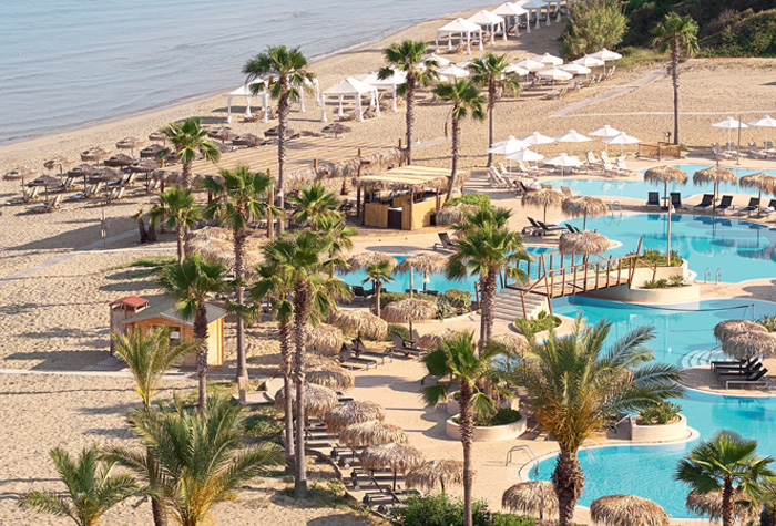 02-beach-pools-in-olympia-oasis-seafront-resort-peloponnese