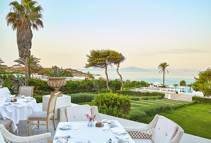 02-breakfast-salon-mandola-rosa-beach-resort-peloponnese