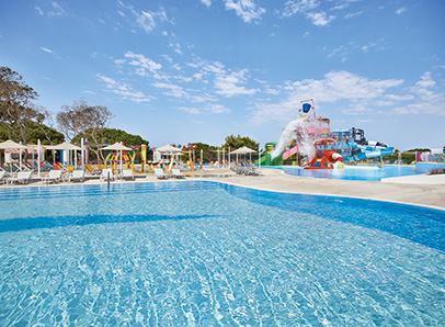 34-olympia-aqua-park-kids-activities-in-riviera-olympia-resort