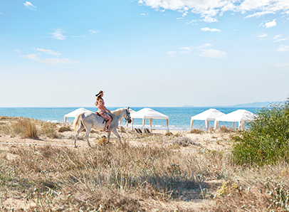 43-horse-riding-beach-activities-in-peloponnese