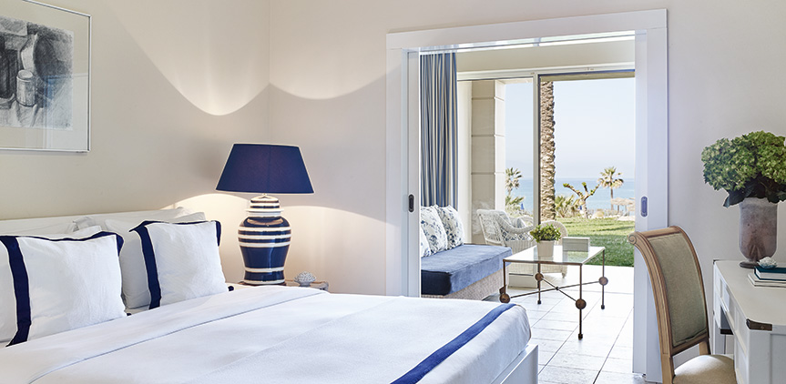 family-guestroom-luxury-accommodation-in-olympia-riviera