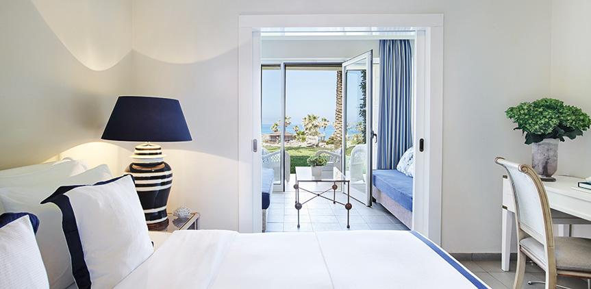 junior-suite-garden-view-luxury-accommodation-in-olympia-riviera-resort