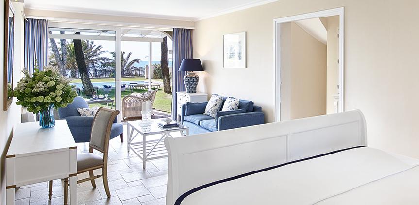 junior-suite-luxury-accommodation-in-olympia-riviera-resort
