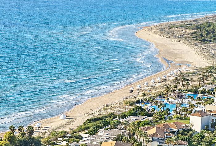 01-beach-location-in-peloponnese-resort-greece