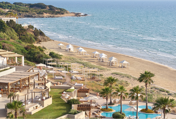 04-beach-and-pools-la-riviera-resort-peloponnese