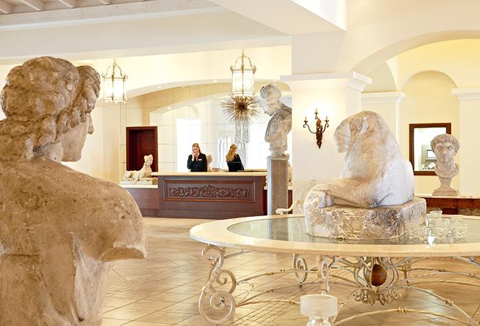 11-luxury-resort-facilities-in-olympia-riviera