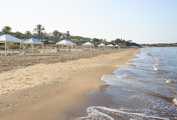 03-beach-services-in-olympia-riviera-resort