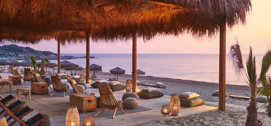 beach-bars-la-riviera-resort
