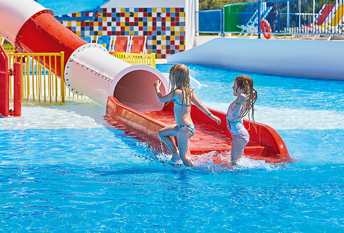03-children-play-area-in-aqua-park-riviera-olympia-resort