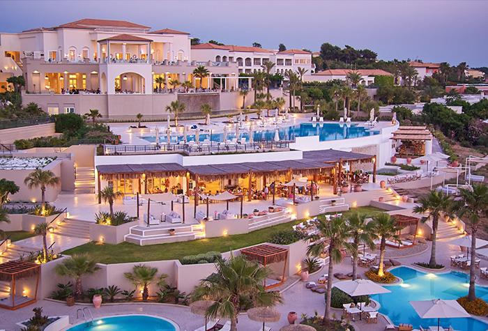 09-entartainment-in-riviera-olympia-resort-peloponnese-greece