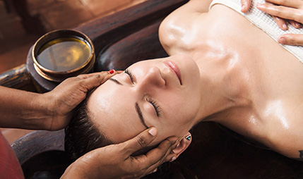 03-head-and-face-treatments-ayurveda-therapiers-riviera-olympia-resort