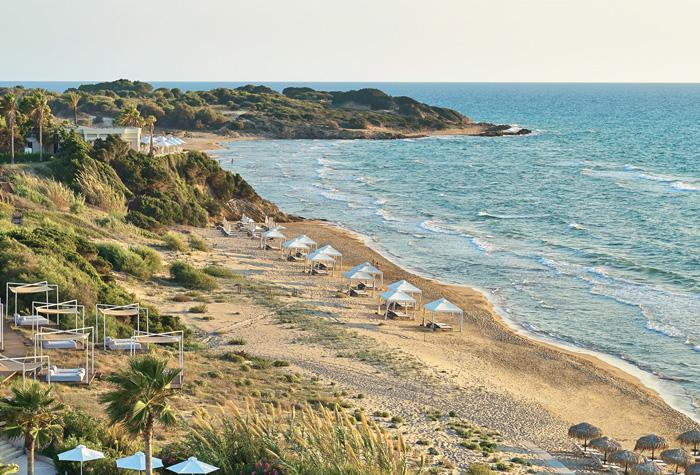 01-extraordinary-sandy-beach-in-peloponnese-riviera-olympia-resort
