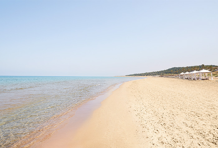 01-riviera-olympia-resort-extraordinary-sandy-beach-in-peloponnese-
