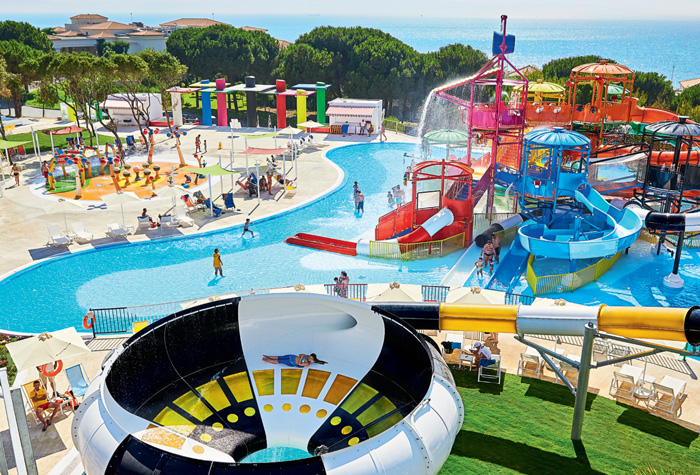 04-aqua-park-activities-in-riviera-olympia-resort-peloponnese
