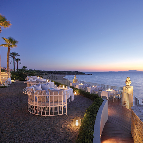 01-fine-dining-at-riviera-olympia-resort-in-peloponnese
