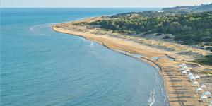 blue-flag-awarded-beach-in-riviera-olympia-resort-peloponnese