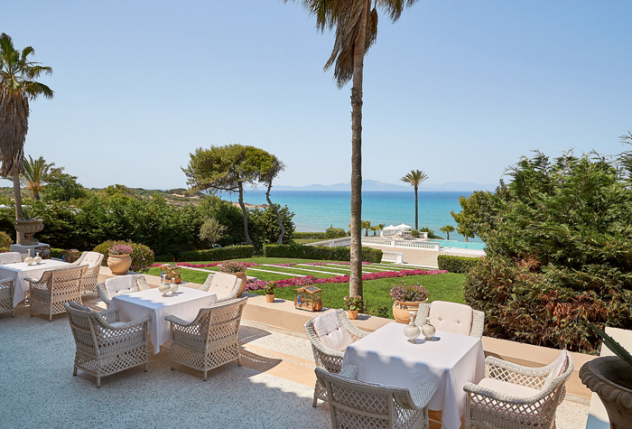 01-breakfast-salon-mandola-rosa-beach-resort-peloponnese