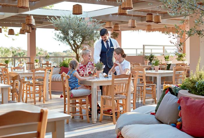 02-taverna-greek-restaurant-olympia-oasis
