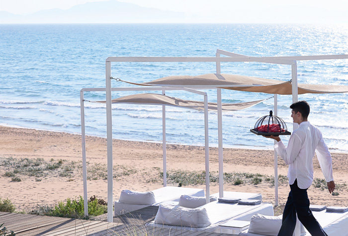olympia-riviera-resort-beach-bar-service